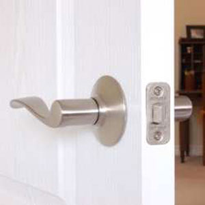 Locksmith Portland door latch